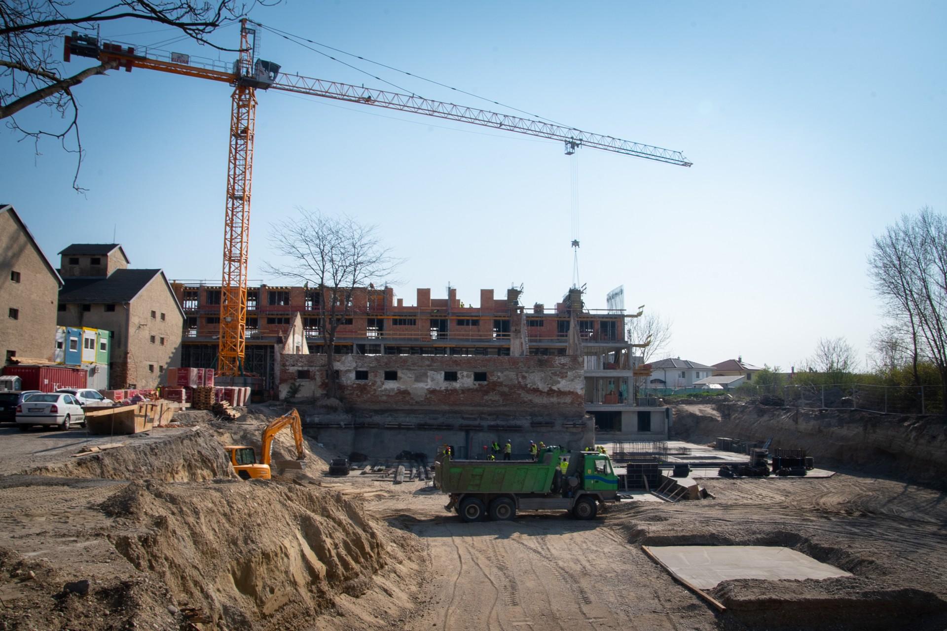 Výstavba - apríl 2019