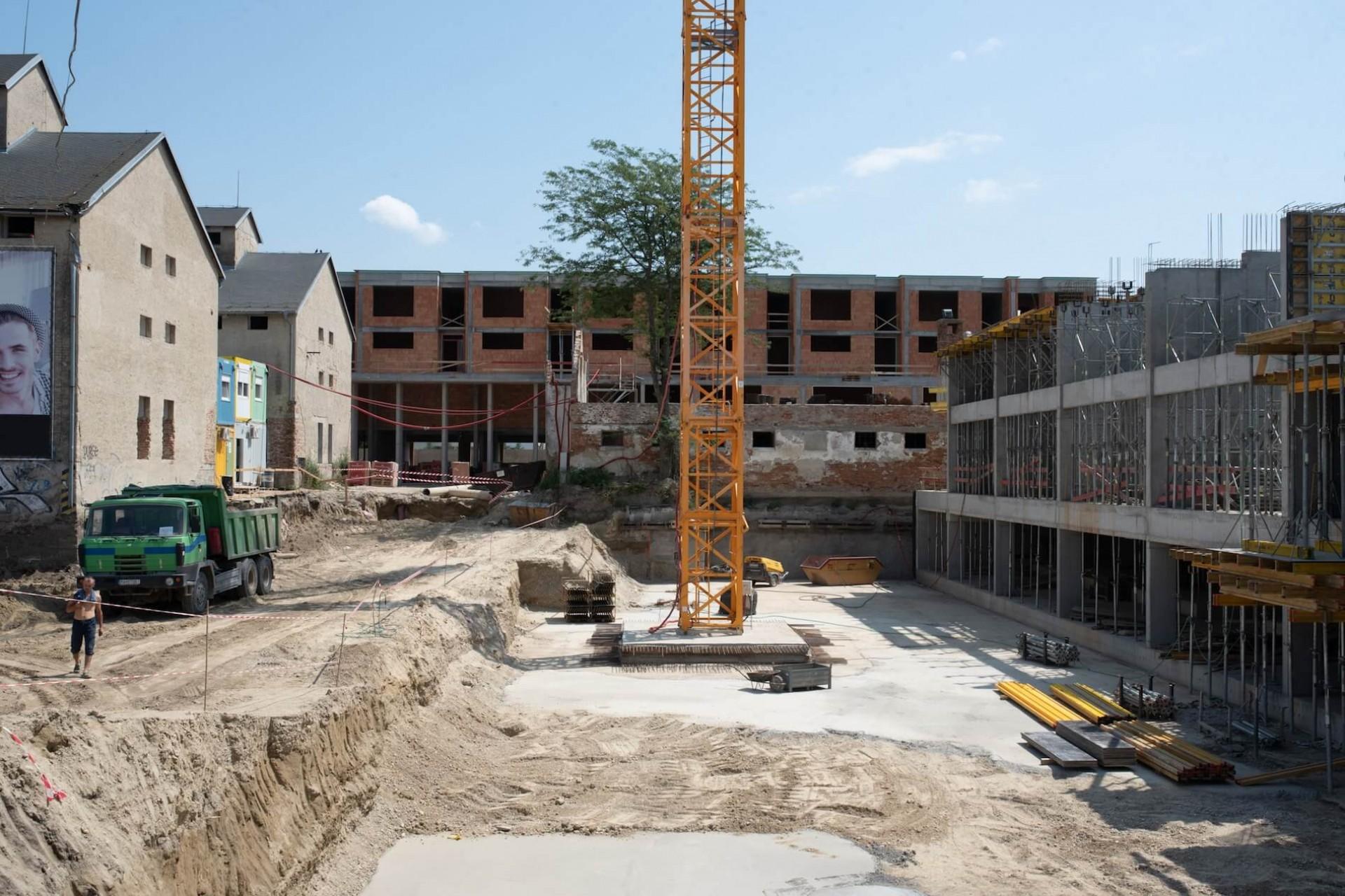 Výstavba - júl 2019